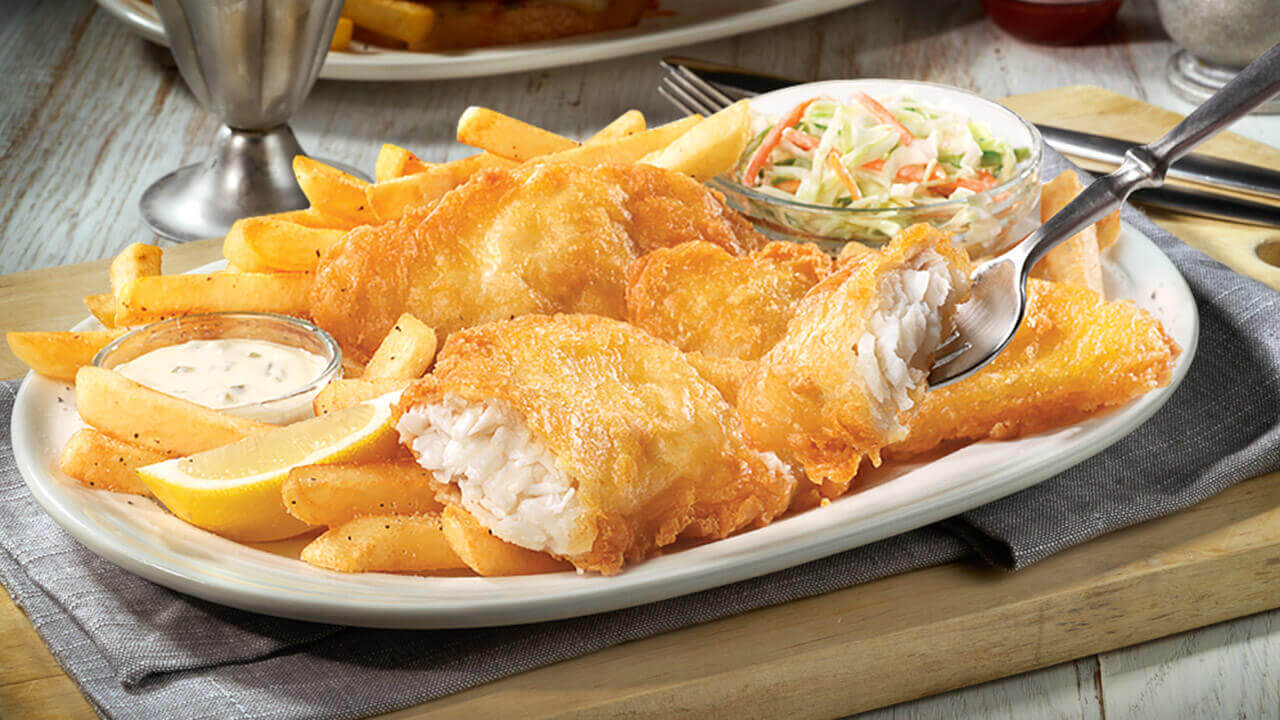 This is very popular steetfood in England, consisting of fried battered fish and chips.