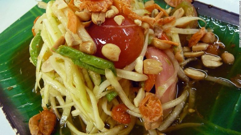 This dish combines five main tastes of local cusine: sour, hot, salty, savory and sweet.