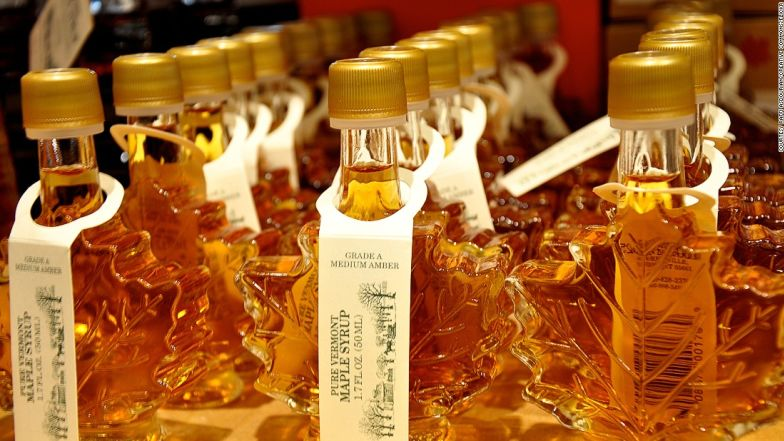 This type of syrup is commonly eaten with many dishes such as pancakes, waffles, French toast or oatmeal.
